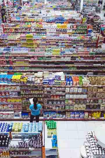 Sapiens consumismo en supermercados