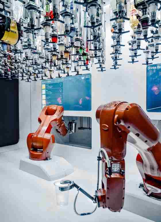 Homo Deus robots industriales