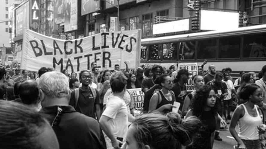 El ferrocarril subterráneo y manifestación Black Lives Matter
